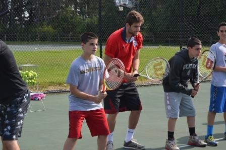 noar boys tennis learning